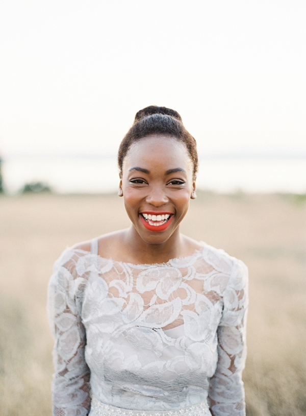 Simply chic top bun for natural bride