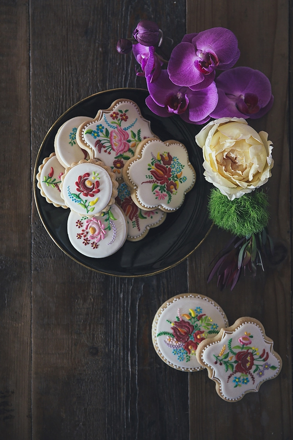 Embroidered wedding sugar cookies