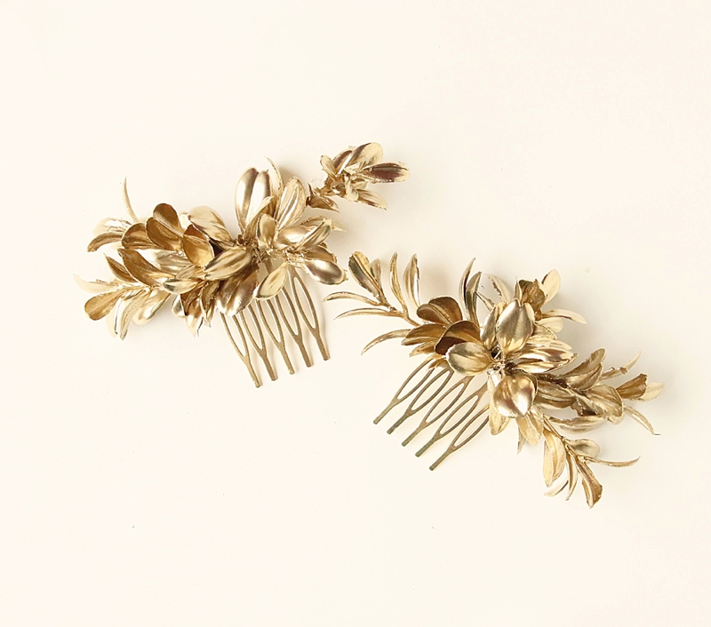 Gold bridal combs for chic wedding hair