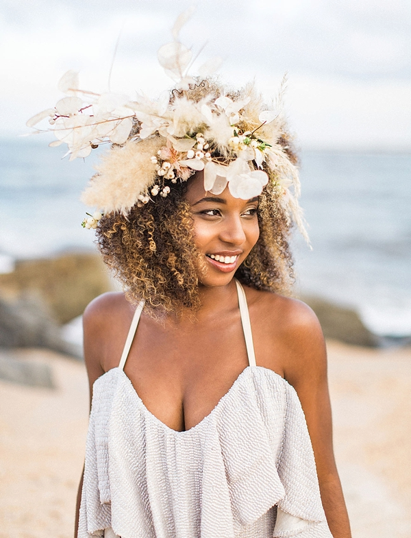 Beach bridal headpiece with pampas grass