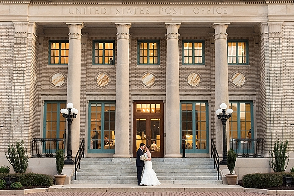 Traditional Historic Post Office wedding in Hampton Virginia