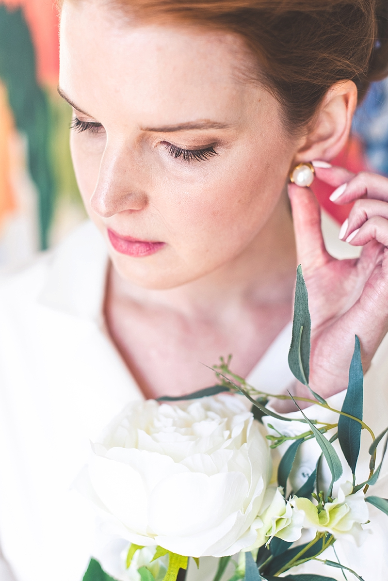 Classic and natural makeup look for preppy bride
