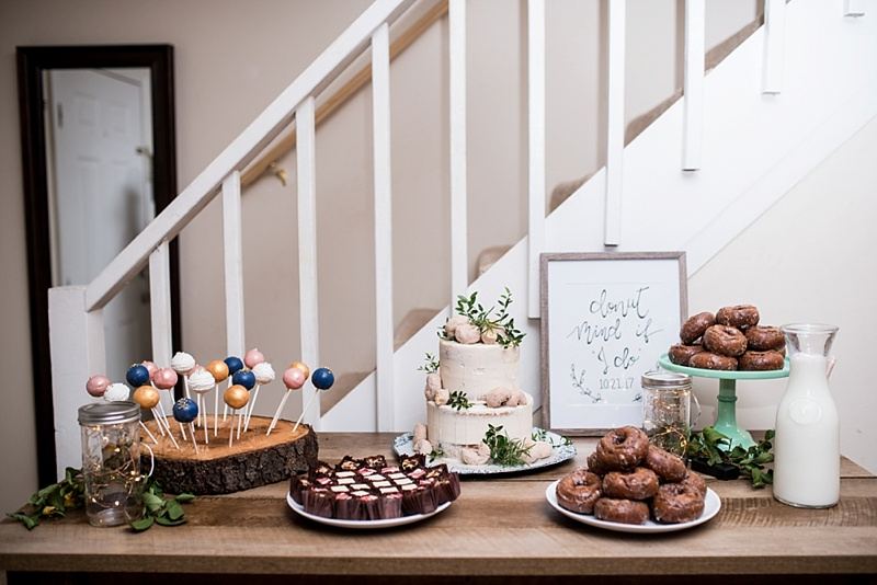 Wedding dessert bar ideas with cake pops and donuts