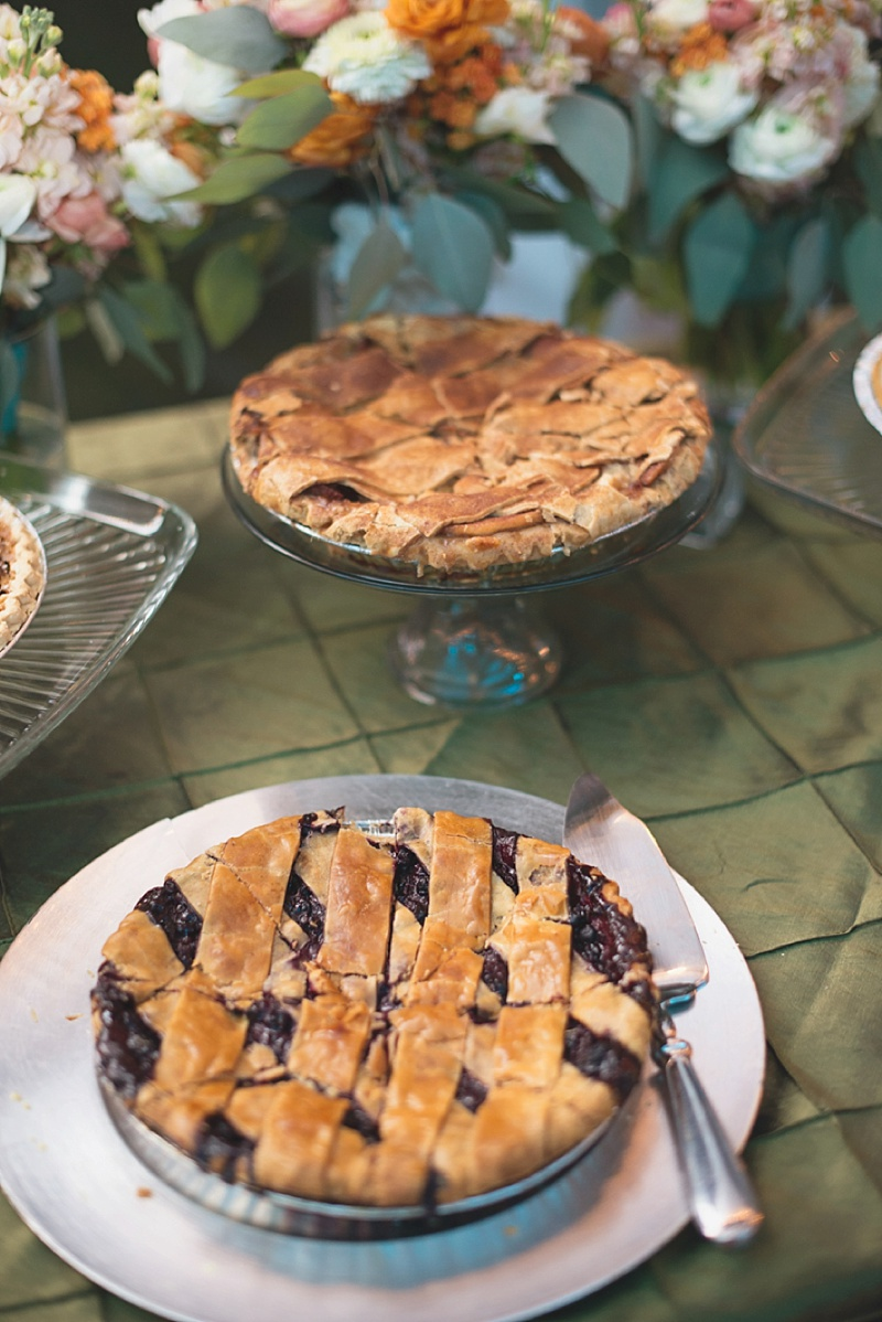 Wedding pies for rustic and handmade dessert option