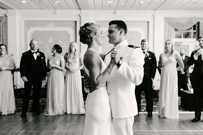 Best country first dance songs for Virginia weddings