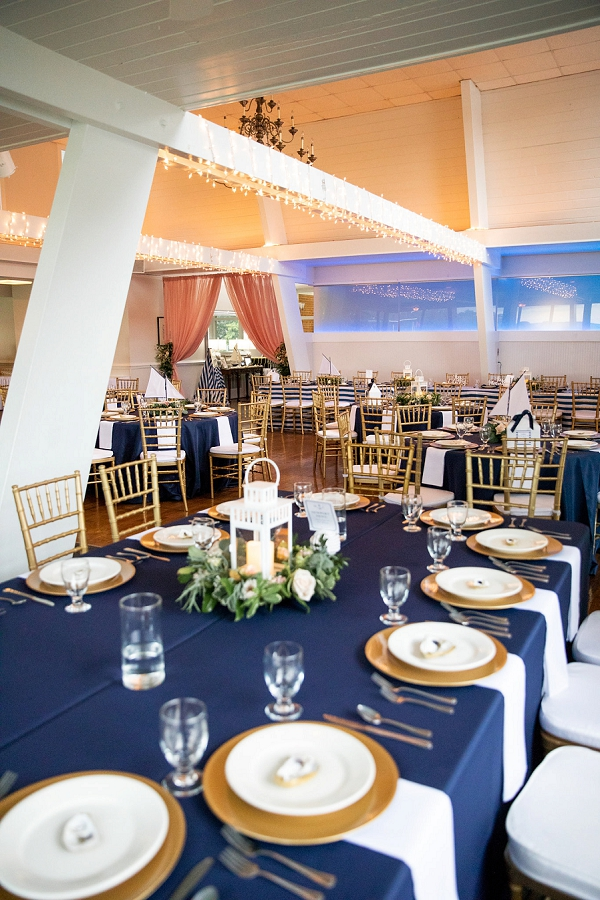 Gold and navy blue wedding in Hampton Roads Virginia