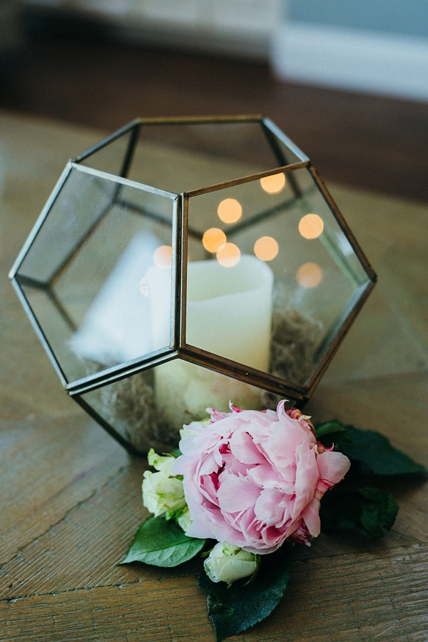 Geometric vase and pink peony for beach wedding decor
