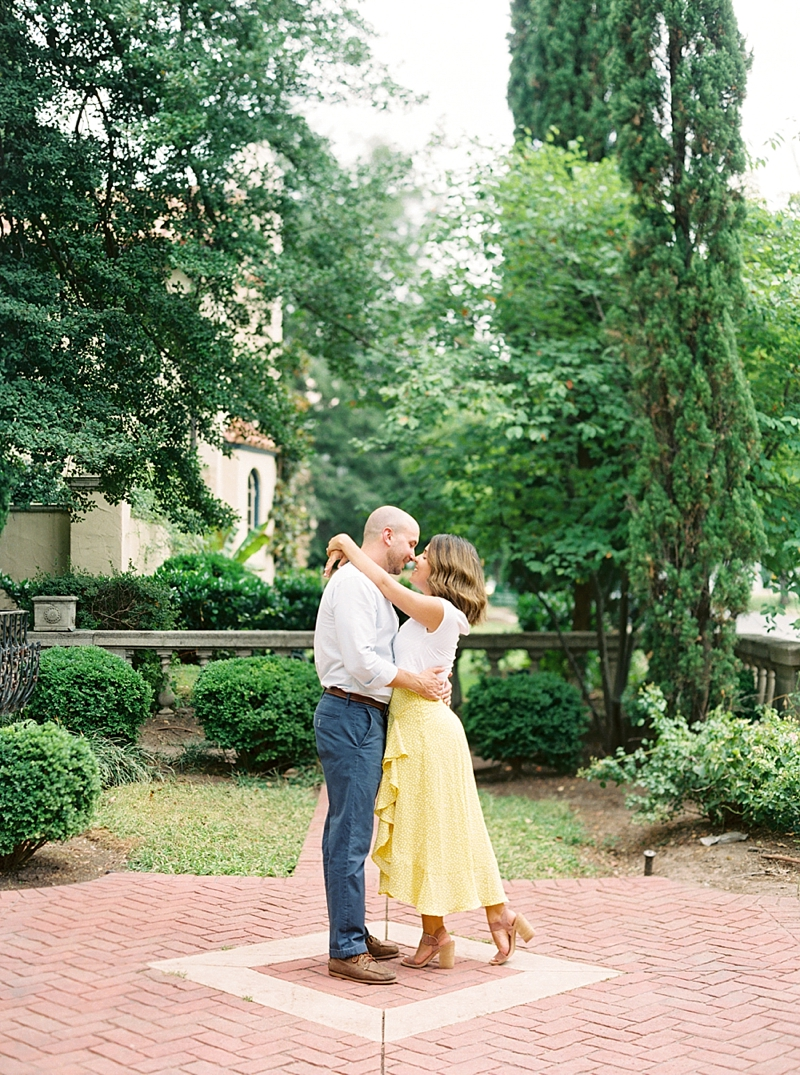 Spring inspired outfit ideas for engagement photos in Richmond Virginia