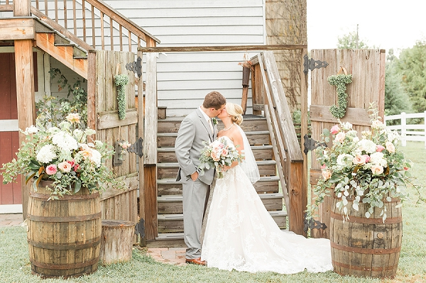 Romantic and rustic barn wedding at Amber Grove outside of Richmond Virginia