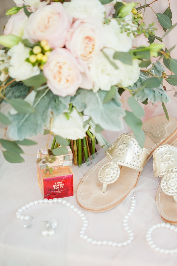 Classic bridal accessories and Kate Spade Live Colorfully perfume