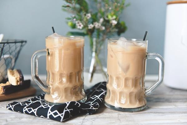 Iced coffee with Braun BrewSense Coffee Maker