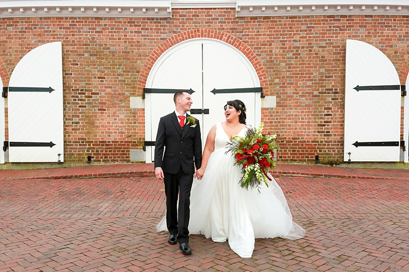 Coastal Virginia glam inspiration for a Christmas wedding