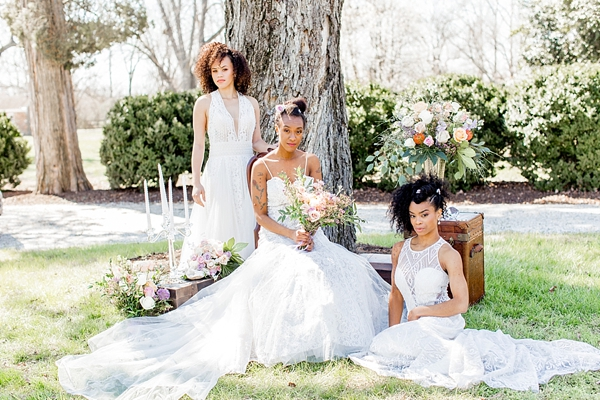 Unique black bridal looks for a modern garden wedding
