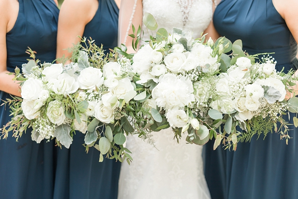 All white flowers for simple classic wedding bouquets
