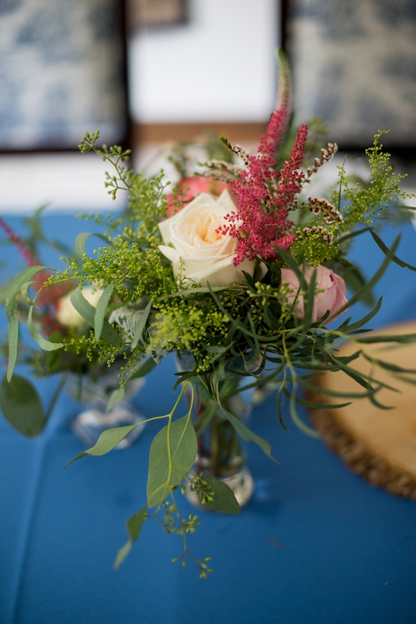Wildly simple wedding table centerpiece