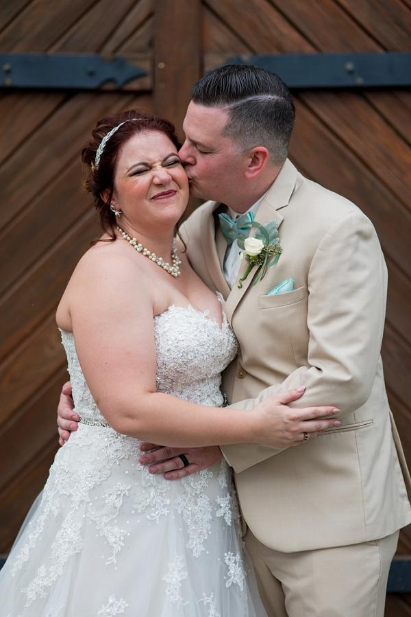 Bride and groom at Williamsburg Winery in Virginia