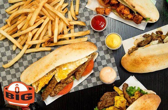 Sandwich savoureux, frites & boisson