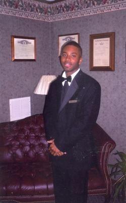 Photo of KOURTNEY MHOON - Funeral Associate