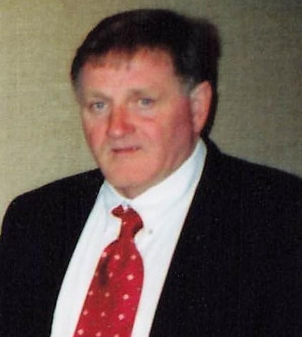Larry  Ray Akins