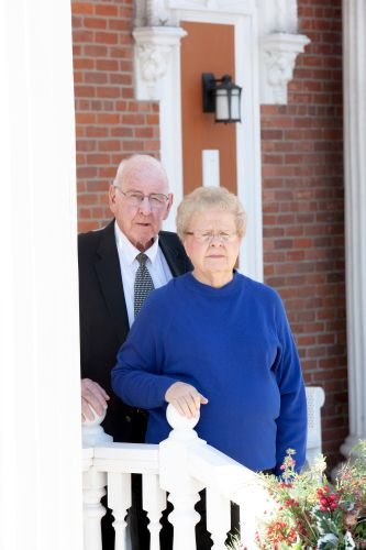 Photo of Larry and Betty Sutton - Owners