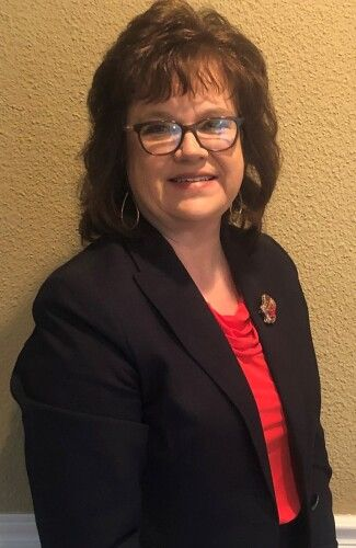 Photo of Lee Ann Anderson - Owner and Operator, Licensed Funeral Director, & Embalmer, TN & KY, Licensed insurance agent, Notary Public
