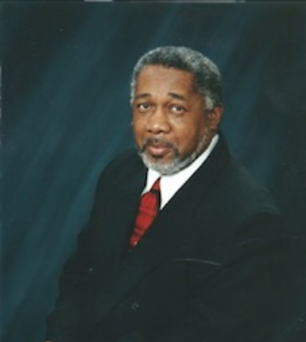 Kenneth Walker, Sr