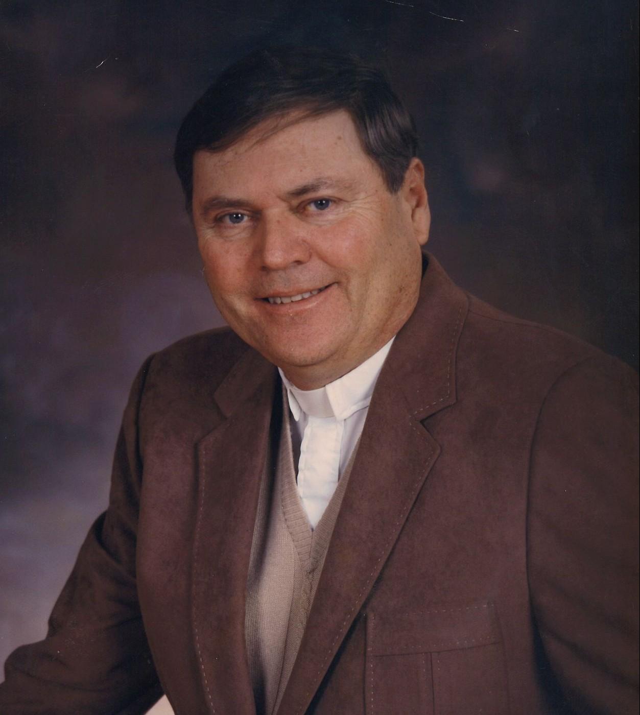 Pastor Harold Luecke