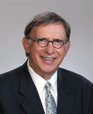 Photo of Robert L.