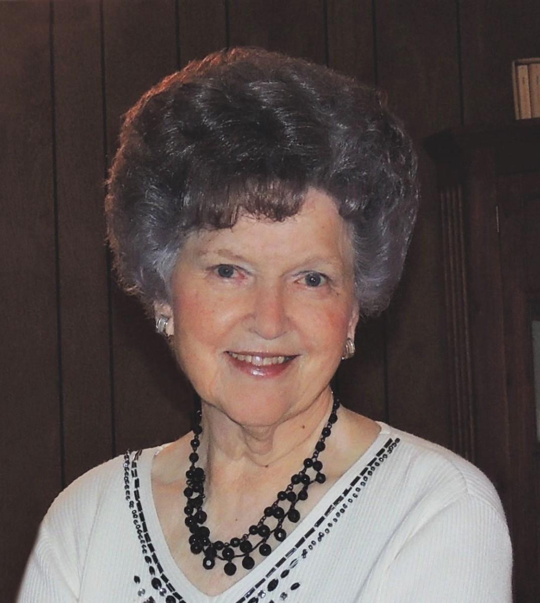 Gladys Apple Chapmon