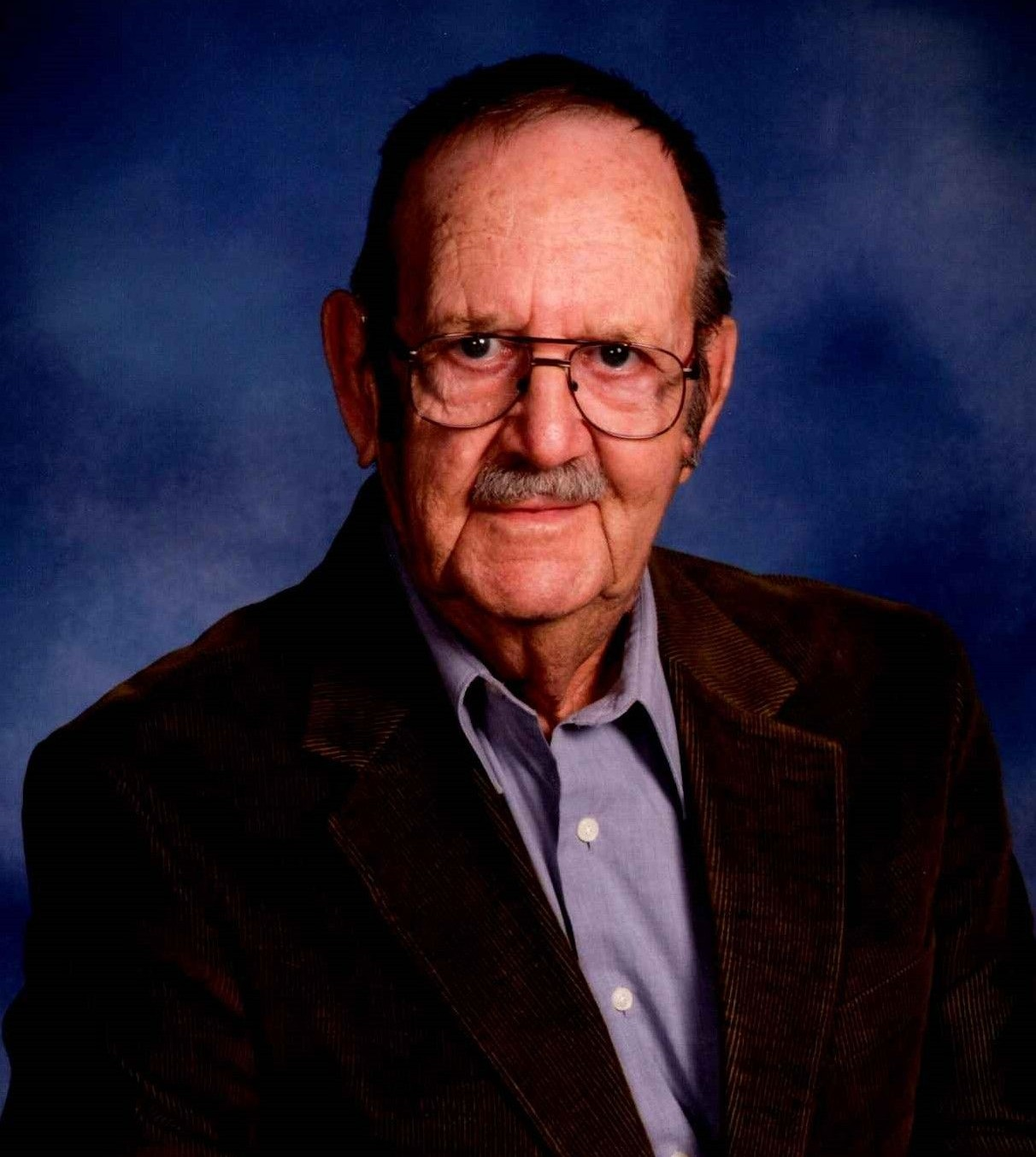 Harold W.  Muenks