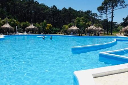 Las mejores piscinas de alojamientos en Rocha donde darte un chapuzón este verano