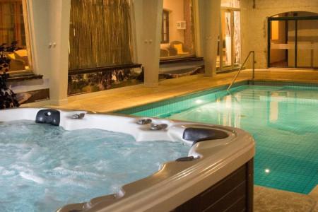 Alojamientos con piscina climatizada, spa e hidromasajes para relajarte en vacaciones de invierno en Rocha