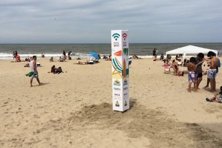 Rocha WIFI en playa de Barra de Valizas