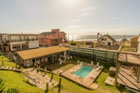 11 hostels para pasar un verano increíble con amigos en Rocha