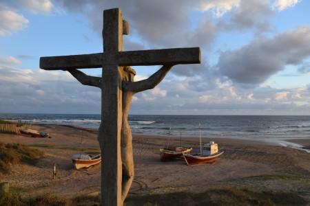 """""""Lucho"""" y el Cristo de los pescadores de La Paloma"""