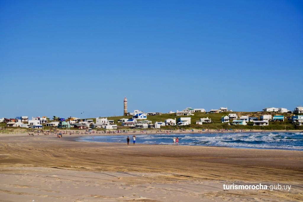 Caminata por Playa Sur en Cabo Polonio