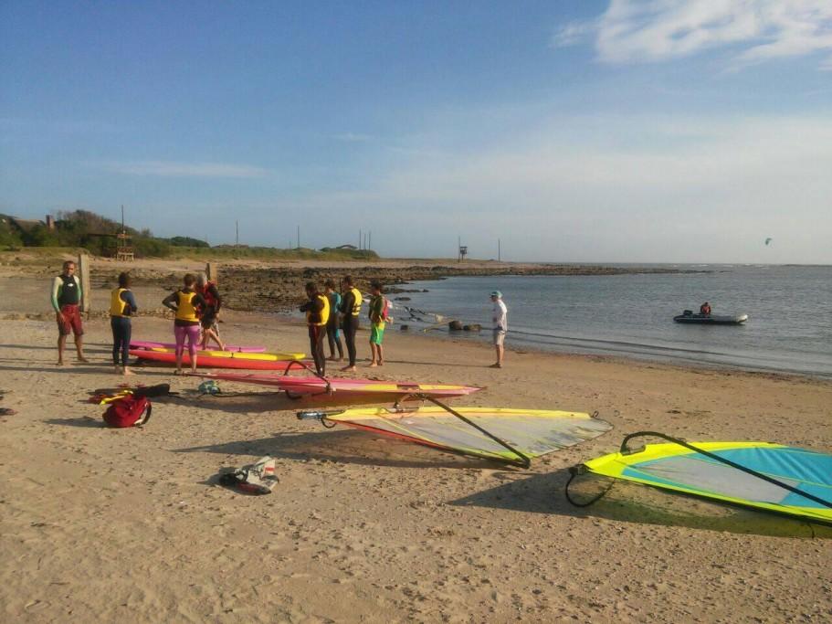 Deportes acuáticos en La Paloma, clases y paseos