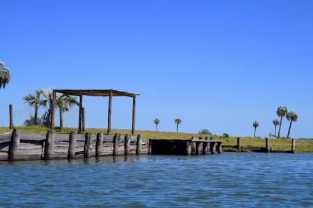 Muelle sobre el Arroyo Valizas