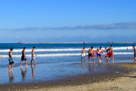 Deportes en playa La Aguada