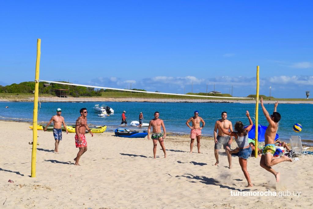 Juegos acuáticos y deportes en La Paloma