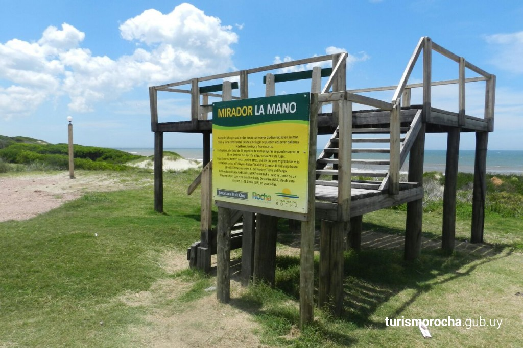 """Mirador de fauna marina y aves playeras """"La Mano"""", Barra de Chuy"""