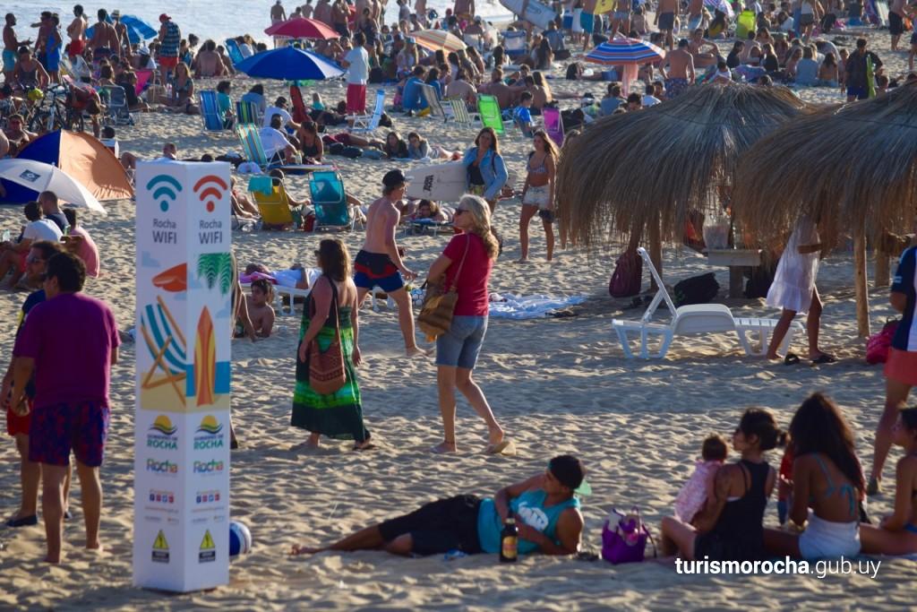 Playa del Barco en La Pedrera con WiFi libre