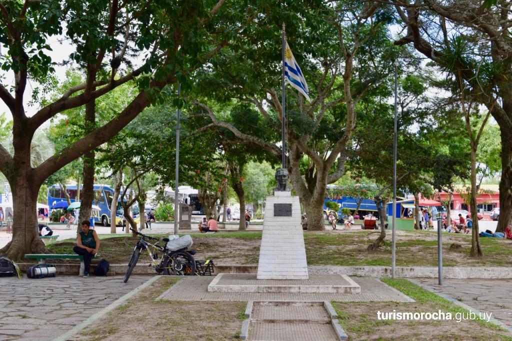 Plaza Gral. Artigas
