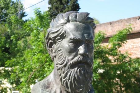 Luciano Velázquez, fundador de la Villa