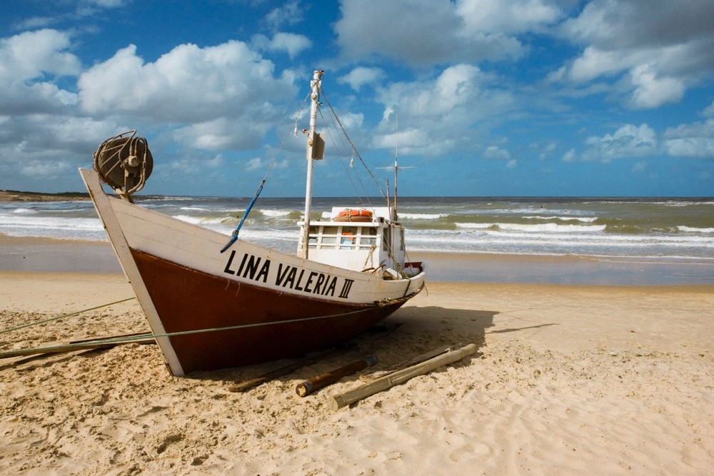 Barca Lina Valeria II en Punta del Diablo