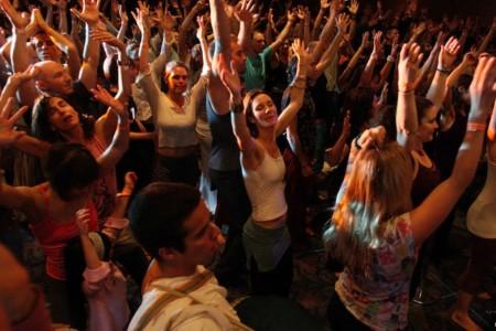 Sesión de Ecstatic Dance en Rocha