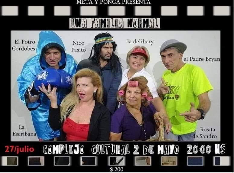 """""""Una familia normal"""" en el Complejo Cultural 2 de Mayo de Castillos"""