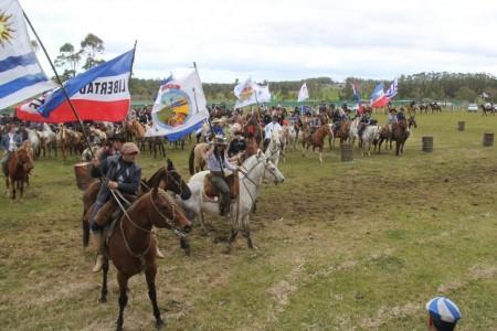 12° Festival de la Danza y el Corcovo en Castillos