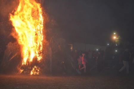 Hogueras de San Juan en 19 de Abril