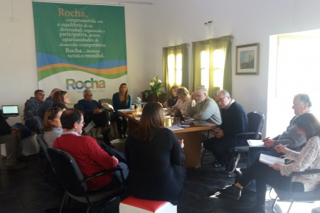 Previo al Consejo de Ministros, Rocha recibió a la Ministra de Turismo L. Kechichian y otras autoridades